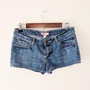 Forever 21 Medium Wash Jean Shorts Size 27